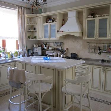 Кухни на заказ из натурального дерева в г.Николаеве